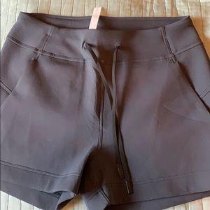 Lululemon size 8 shorts